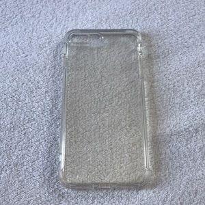 Accessories - Clear iPhone 7plus phonecase.